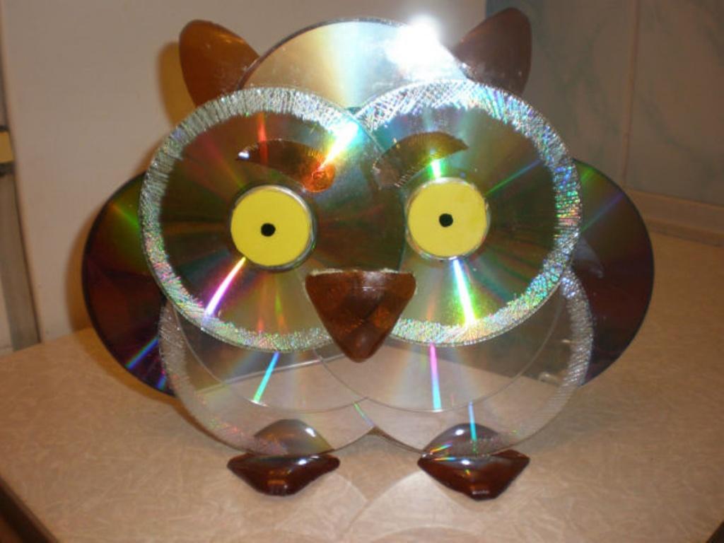 Поделки из дисков своими руками фото для детского сада