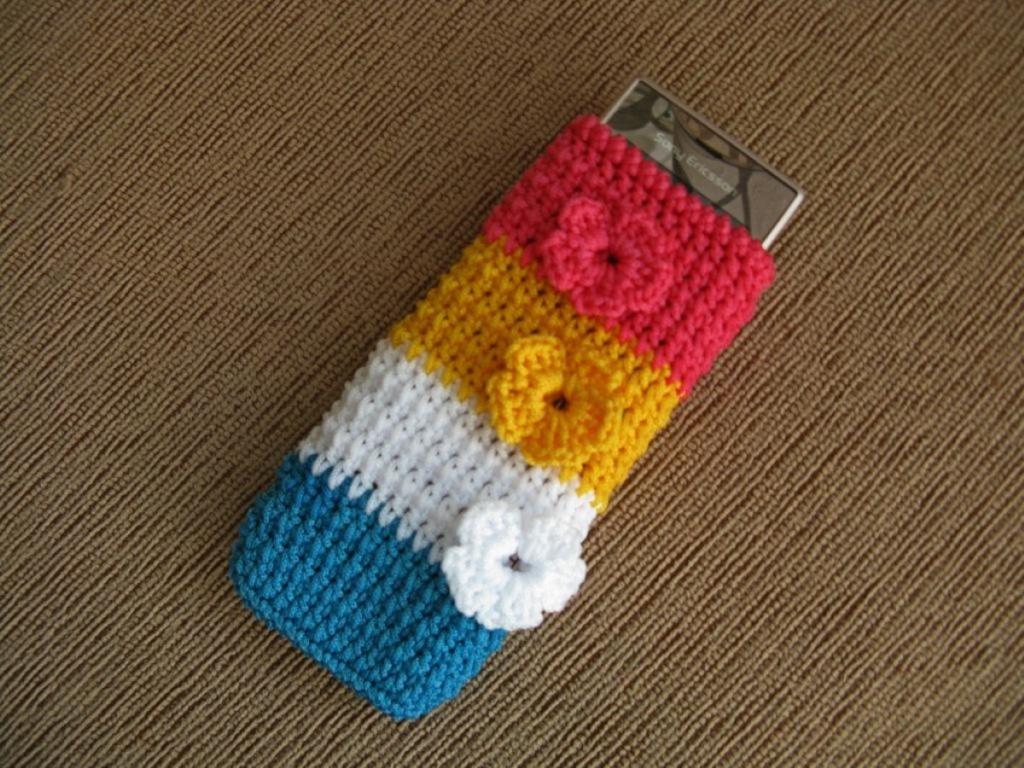 Вязанный чехол для телефона своими руками спицами