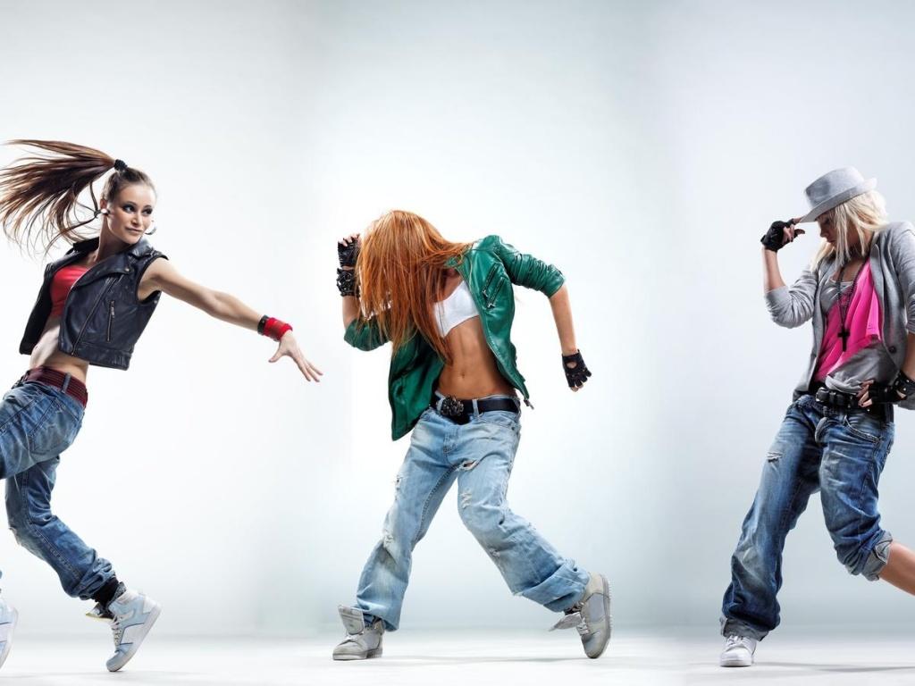 В чем ходить на танцы девочке